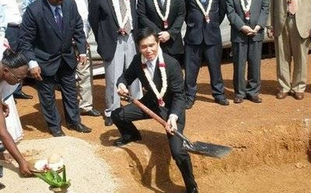 Nissan and Renault officials break ground for a new plant in Chennai, India, to open in 2010.