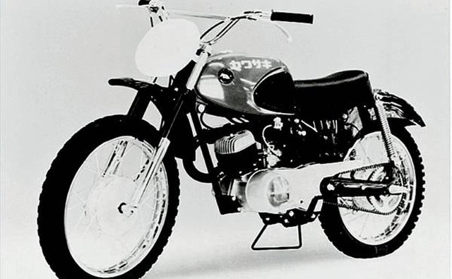 Red-Tank Furore, the 1963 125cc B8M Motocrosser.