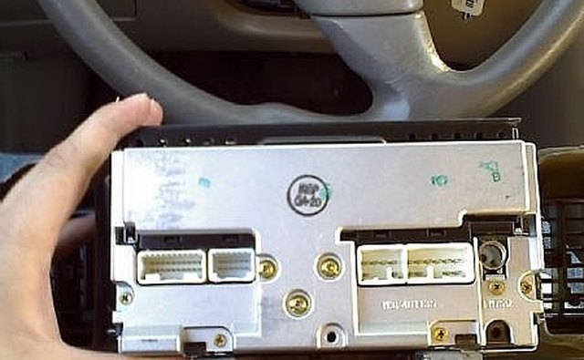 How to Add an Aux Audio Input to 2005 Toyota Corolla Stereo