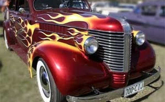 A prewar Pontiac gets the flame and lowrider treatment