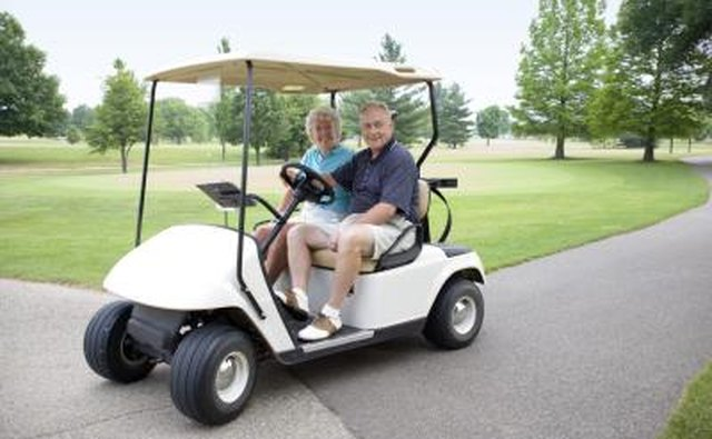 The fuel specs on both types of these Harley Davidson golf carts are almost identical, only with a few differences on the newer models.
