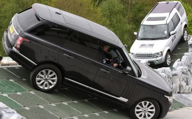 Range Rover Air Suspension Problems | It Still Runs