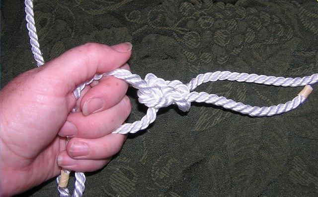 Left hand rope held in left hand