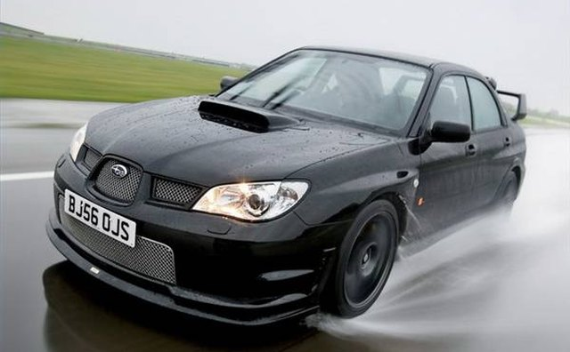 The WRX STi and post-2006 STI models featured the trademark hood scoop.