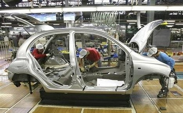 Nissan was scheduled to open an assembly plant in 2010 in Sunderland, United Kingdom.