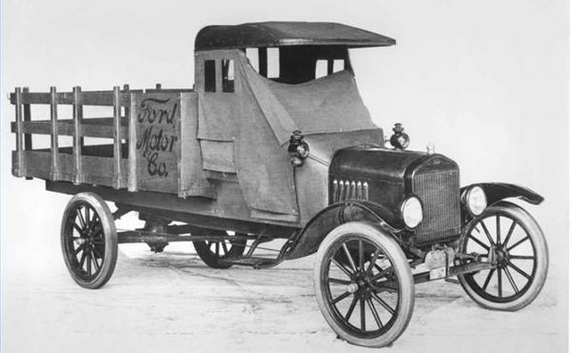 A 1918 Model TT pickup featuring Ford's one-ton chassis.