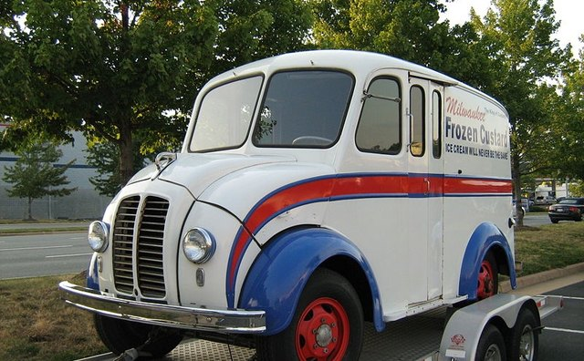 1930's Divco delivery step van