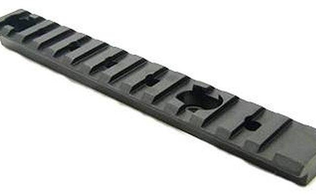 Picatinny rail for a rifle