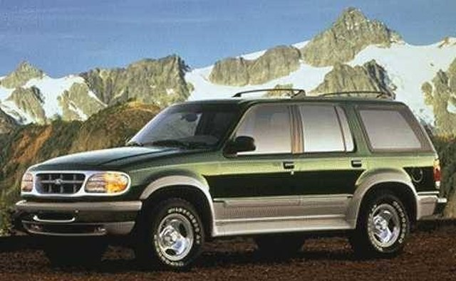 Ford mimicked Wagoneer marketing by targeting suburban families inthe 1990s.