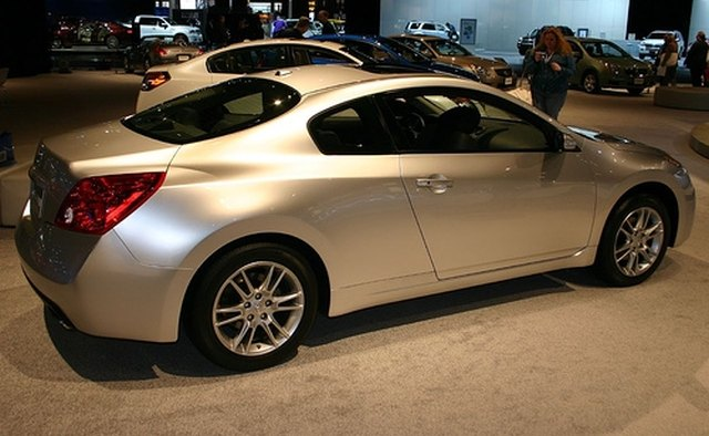 The Infiniti G37 features a 3.7-liter V-6 engine.