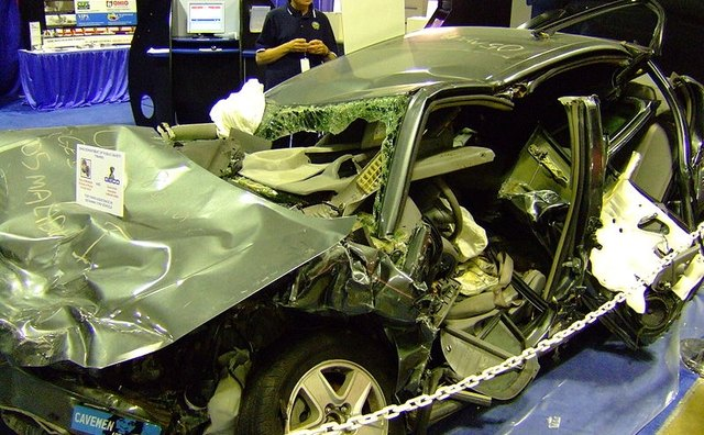 A car that rolled over. Photo: Wikimedia Commons