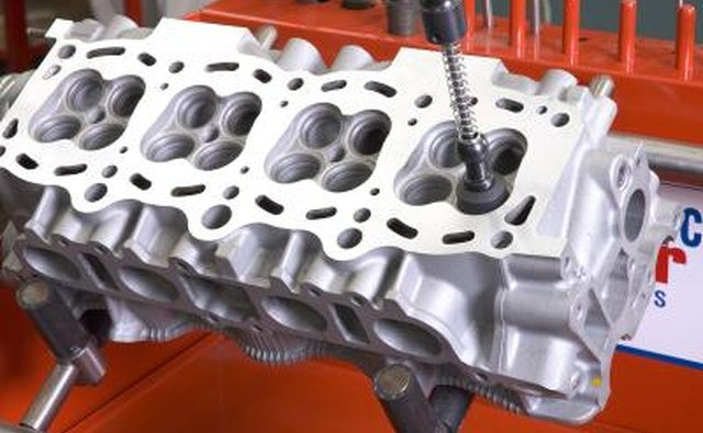 Bad Cylinder Head : What causes engine compression loss it still runs