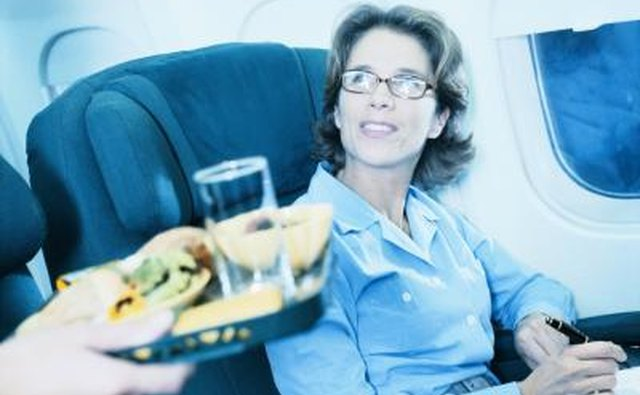 Topics familiar to everyone, like the poor quality of airline food, are good fodder for skits.