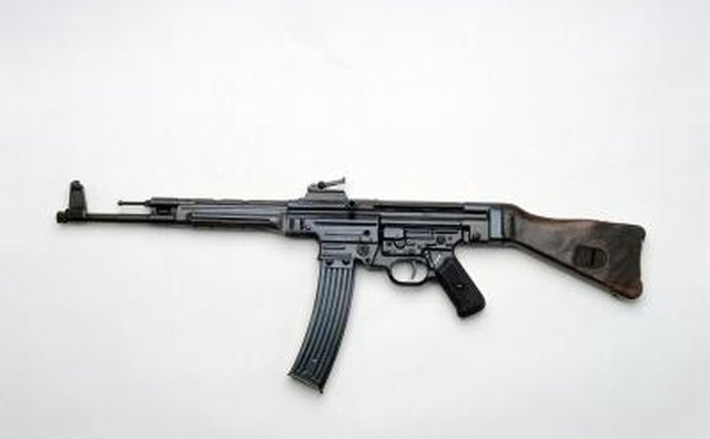 This StG 44 rifle fires 8mm ammunition.