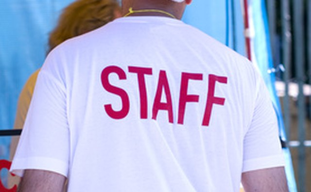 Hire staff for your new Texas nightclub.