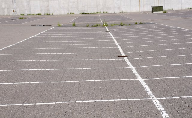 How to bid on parking lot striping bizfluent for Cost to paint parking lot lines