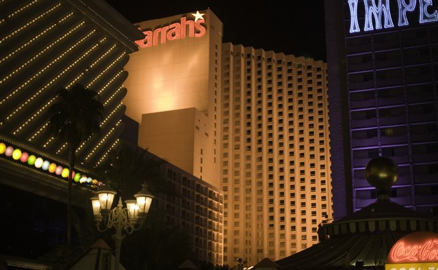 Hotels in Las Vegas at night