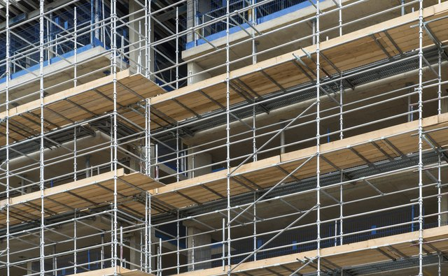 The Scaffold Plank Incident Essay Sample