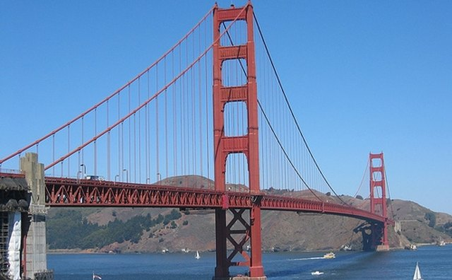 The Golden Gate Bridge Is An Exercise In Art Deco Architecture