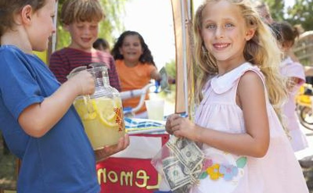 Children running lemonade stand