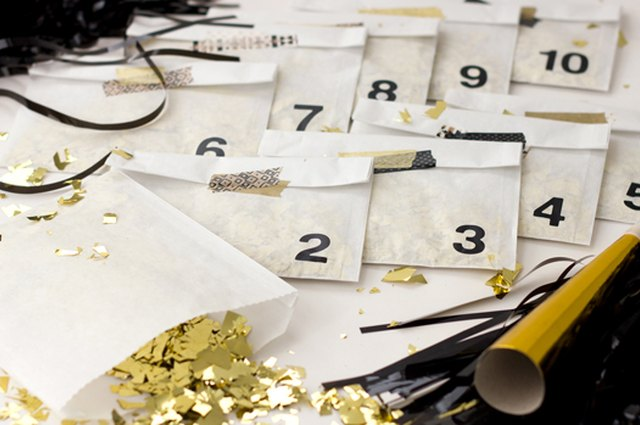 DIY New Year's Eve Confetti Countdown