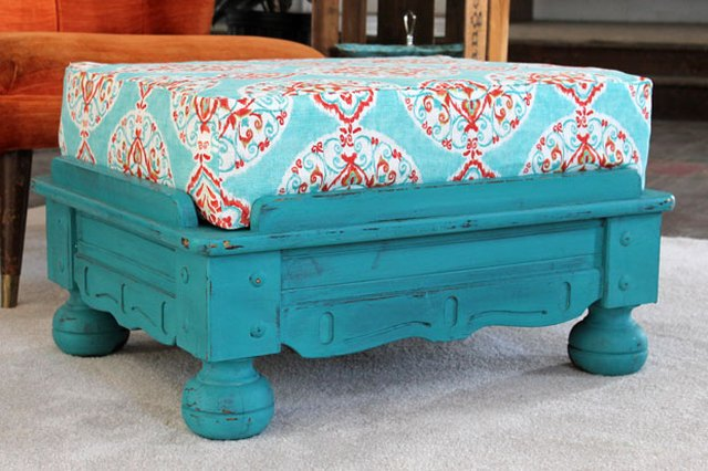DIY: New Life for an Old Ottoman Cushion