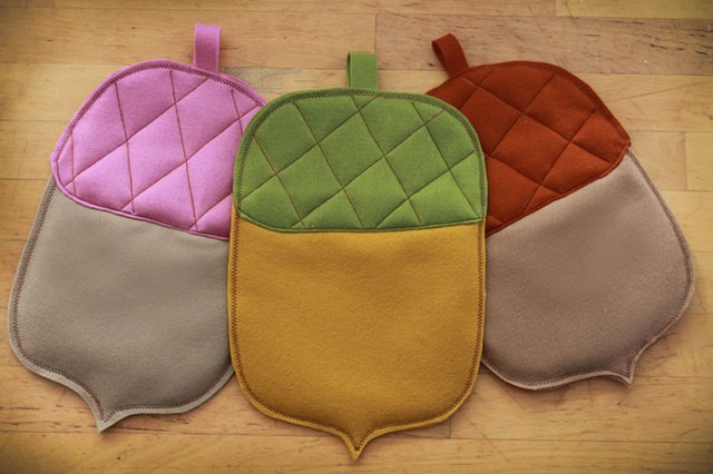 Autumn Sewing Project for Tweens: Acorn Hot Pads