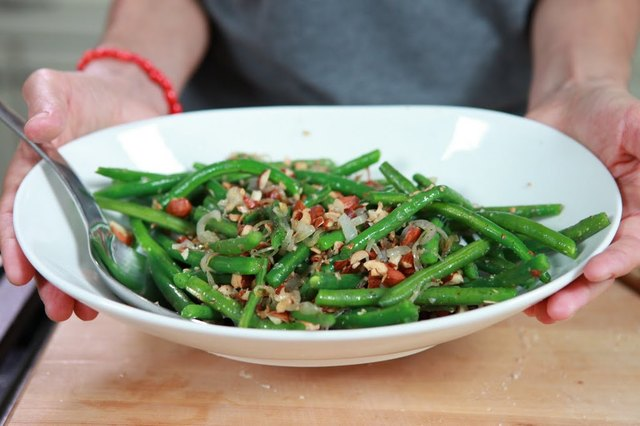 Green Beans with Crushed Toasted Almonds Recipe