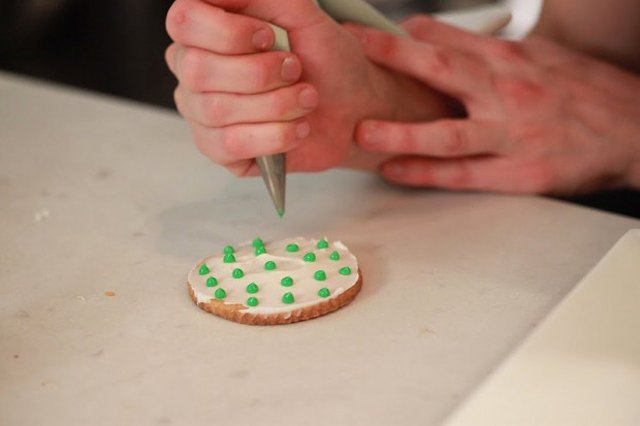 Quick & Easy Royal Icing Recipe
