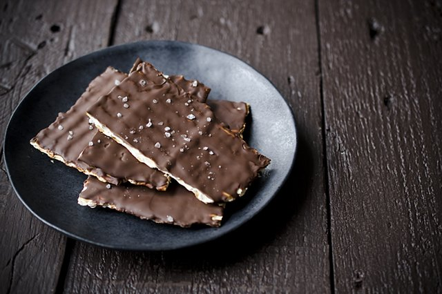 Three-Ingredient Salted Chocolate Matzos