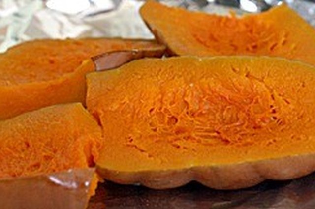 Easy Homemade Pumpkin Purée