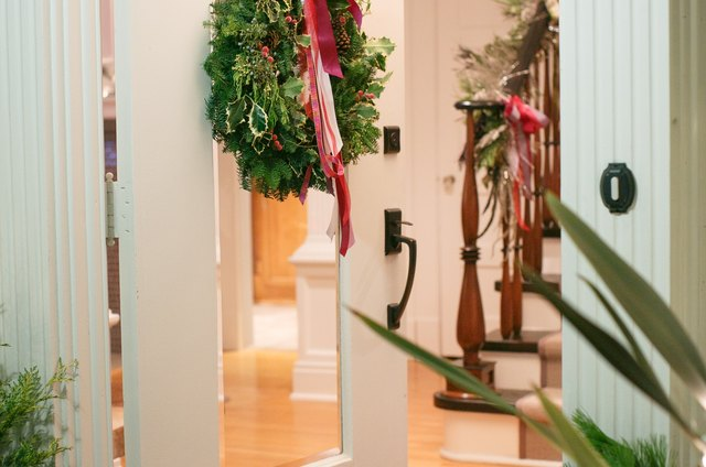 From Fall to Winter: 5 Ways to Refresh Your Home for the Holidays