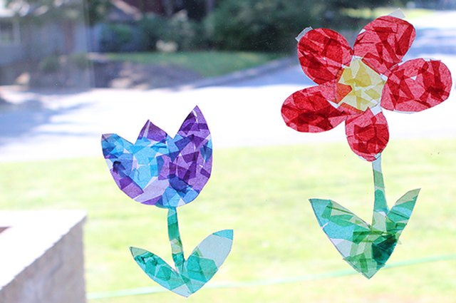 Make It: Easy Paper Sun Catchers