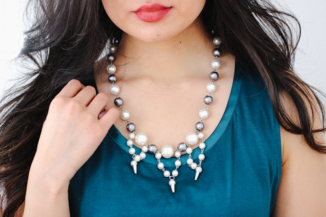 How to Make a Spiked Pearl Bib Necklace