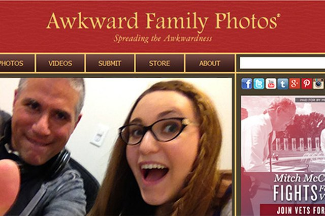 eHow Tech Podcast #16: We Talk to Awkward Family Photos