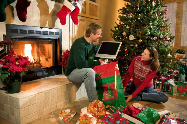Survive the Holidays With These Tech Support Tips