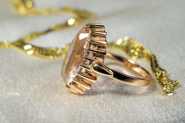 What Is Gold Tone Jewelry? | LEAFtv