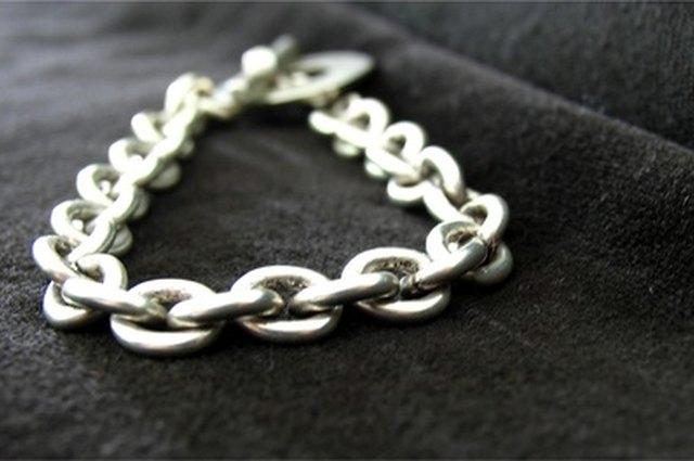 4e71783f0 Real Versus Fake Tiffany Charm Bracelet | LEAFtv