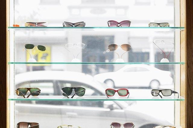 0cc9a70db557 What Sunglasses Did Jackie O. Wear? | LEAFtv