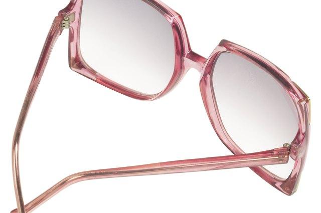 e1c6496f51 The Advantages of Gradient Tint Sunglasses   LEAFtv