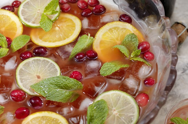 How to make jungle juice alcoholic drink