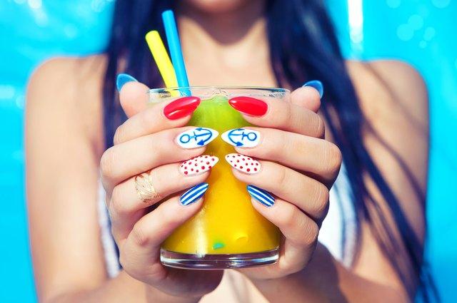 Should You Get a Silk Wrap or Gel Manicure? | LEAFtv