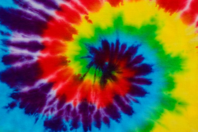 The History of Tie-Dye Shirts | LEAFtv