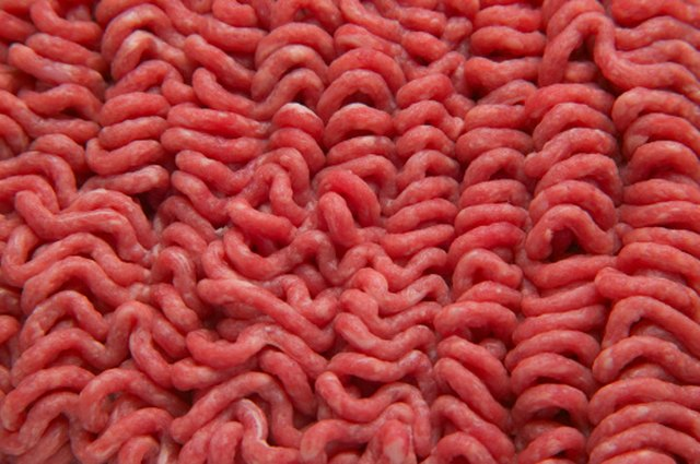 Signs That Ground Beef Is Expired | LEAFtv