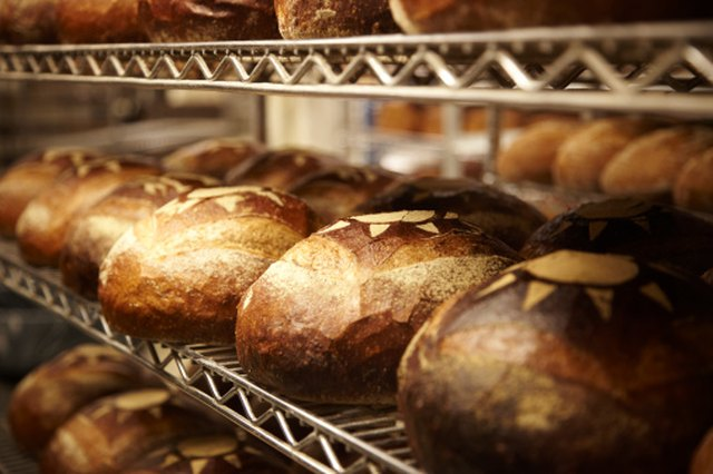 The Best Preservatives for Bread | LEAFtv
