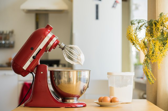 How To Release The Blade From A Kitchenaid Stand Mixer Leaftv