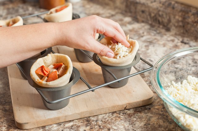 How To Make A Pizza Cone Leaftv