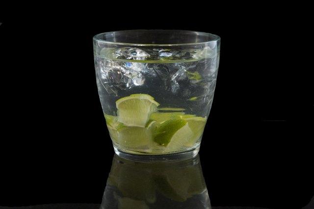 10 Most Popular Bar Drinks | LEAFtv