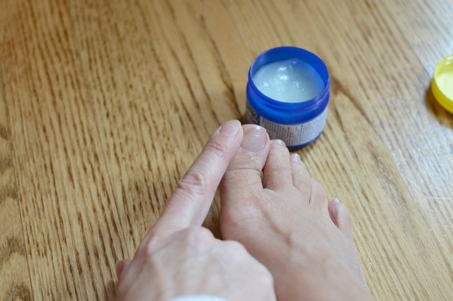 Home Remedy for Thick Toenails | LEAFtv