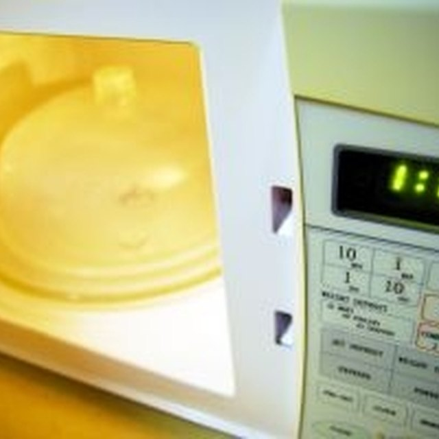 How to Troubleshoot Code F-9 on a Kenmore Microwave